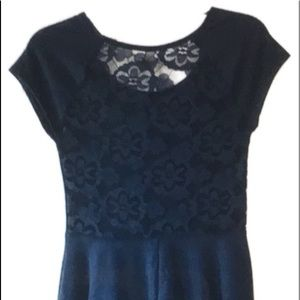 FIT AND FLARE HOLLISTER DRESS with LACE DETAIL